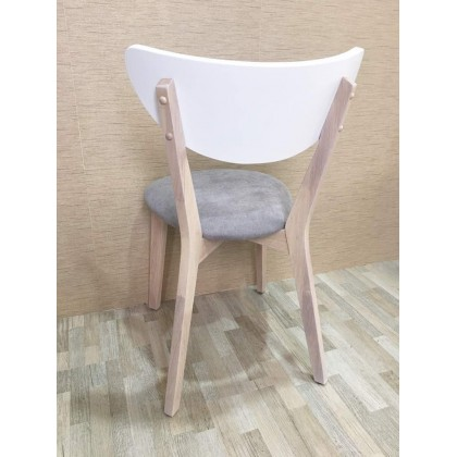 [2 UNITS]GF X4 DINING OR STUDY CHAIRS